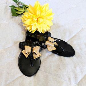LILIANA Black thong flat sandals Sz 7